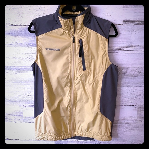 Columbia Titanium Outdoors Sportswear Men's Vest S